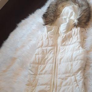 Aeropostale XS white vest with fur